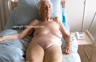 布布就业斯嘉丽*约翰逊收集凯蒂*霍恩的裸体